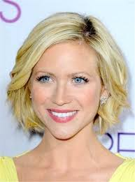 wigs medium length feathered hairstyles 2015 487 best short wigs images on pinterest hair styles layer hair