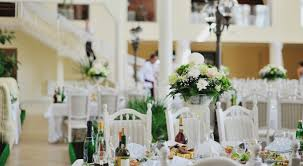 becoming a wedding planner what extravagant clients look for in a luxury wedding planner
