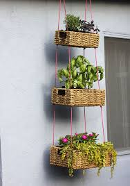 planters that hang on the wall diy hanging planters hanging planter ideas