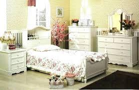 vintage looking bedroom furniture old world style bedroom furniture asio club