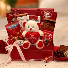 what is a valentines day gift for my boyfriend be my chocolate valentines gift set gift holidays and craft