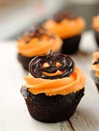 leanne bakes halloween cupcakes