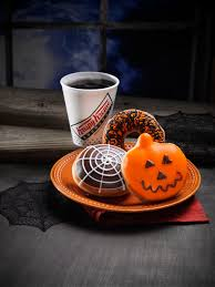 Mini Halloween Cakes by Treat Yourself To Halloween Candy In Las Vegas Las Vegas Blogs