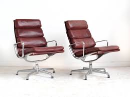 eames soft pad lounge chairs by herman miller for sale at 1stdibs