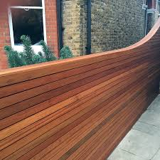 cedar screen fence trellis slatted horizontal strip hardwood oiled