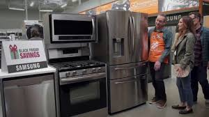 home depot black friday kitchen cabinets the home depot black friday savings tv commercial electrodomésticos ge