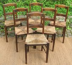 chaise d église série de chaise d église marquées d une croix de lorraine