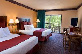 How To Decorate A Guest Bedroom Guest Rooms And Suites In Wisconsin Dells Chula Vista Resort