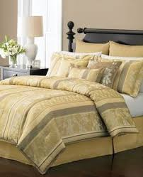 How To Set A Bed Bouquet Comforter Set By Pdk Worldwide Enterprises Inc