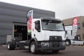 renault truck 2016 renault trucks präsentiert auf der pollutec 2016 das