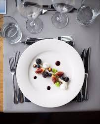 dressage en cuisine le chef s applique pour le dressage des assiettes picture of