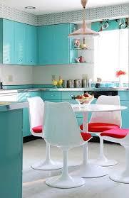 cuisine turquoise repeindre des meubles de cuisine en peinture turquoise