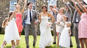 how to attend weddings on a tight budget saving money as a guest