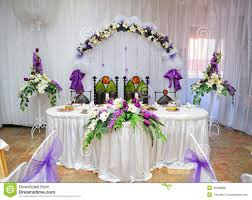 grooms table decoration with flowers fresh bride and groom table