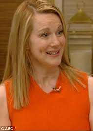 laura linney feathered hair laura linney reveals she kept mum about her pregnancy at 49 over