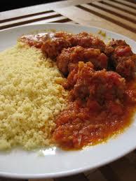 comment cuisiner des saucisses de toulouse saucisse de toulouse à la tomate ma cuisine