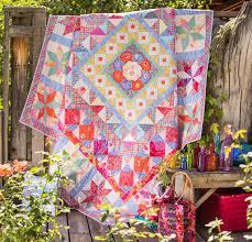 kaffe fassett home decor fabric imari plate quilt kit rowan quilt top and patterns