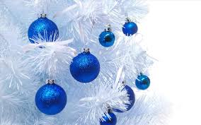 Christmas Tree With Blue Decorations - blue and gold christmas decorations cheminee website