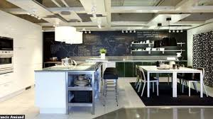 magasin de cuisine cuisine ikea découvrez le nouveau magasin 100 cuisine côté maison