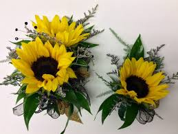 where can i buy a corsage and boutonniere for prom mini sunflower wrist corsage and boutonniere combo centerville