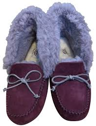 ugg australia alena sale ugg boots bags accessories on sale up to 70 at tradesy