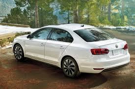 volkswagen sedan white volkswagen reveals 2013 jetta hybrid at 2012 north american