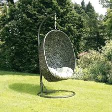 Chair That Hangs From Ceiling Garden Hanging Chair Pod Hanging Outdoor Chairs Nz Ceiling Swing