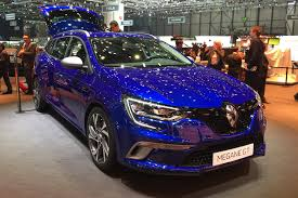 renault sedan 2016 renault megane sport tourer it u0027s the new 2016 megane estate by