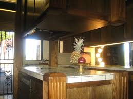 Tile Kitchen Countertops by Shiny Ceramic Tile Kitchen Countertops Popular Shiny Tile For