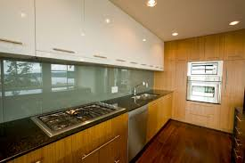 Two Different Colored Cabinets In Kitchen Check Out These Trendy Two Toned Kitchens