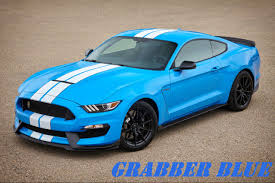features and specs for the 2017 ford shelby gt350 mustang