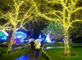 2 story christmas lights christmas stories 2017