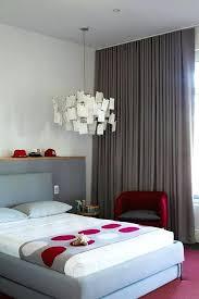 chambre a coucher gris et decoration de chambre a coucher adulte chambre gris et une