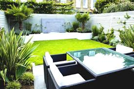 California Landscaping Ideas Simple Garden Landscaping Ideas For Small Gardens California