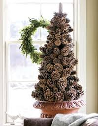 Pine Cone Home Decor 25 Festive Pinecone Craft Projects Holiday Inspired Babble