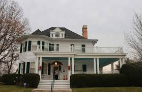 Queen Anne Style Home by Maryland Pink And Green Dar Christmas Party