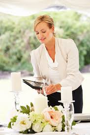 a wedding planner 10 tips for hiring the wedding planner today s
