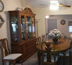 oak dining room sets with china cabinet oak dining room set has 12 pieces table chairs and matching hutch