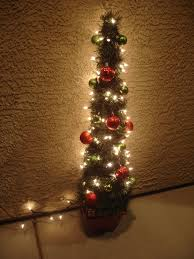 Christmas Topiaries With Lights Blissful And Domestic Creating A Beautiful Life On Less Tomato