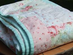 Shabby Chic Twin Quilt by 115 Best Shabby Chic Vintage Quilts Images On Pinterest