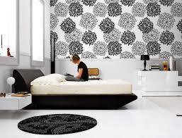 how to decorate bedroom walls endearing ways to decorate bedroom