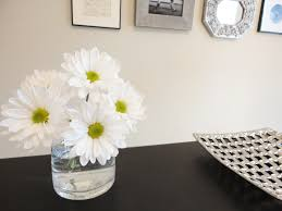 Office Desk Flowers by Livelovediy The 300 Office Makeover