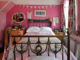 bedroom vintage drexel bedroom furniture cynthia rowley bedding full size of bedroom vintage drexel bedroom furniture cynthia rowley bedding colorful accent pillows beyond