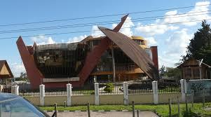 oregon the traveler images Strange building arusha tanzania oregon budget traveler jpg