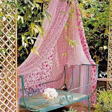 Designs For Garden Furniture by 20 Diy Outdoor Curtains Sunshades And Canopy Designs For Summer