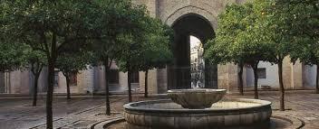 Pronunciation Of Patio Patio De Los Naranjos Orange Tree Courtyard Of The Holy