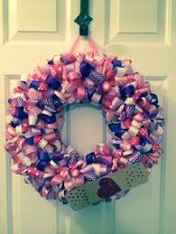 doc mcstuffins ribbon 12 doc mcstuffins heart wreath in shades of pink by sweeterspaces