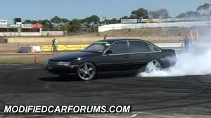 black vn commodore skdkid burnout at the ultimate burnout