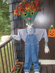 scarecrow halloween prop community scarecrows fall decor and scarecrow ideas