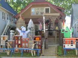 Diy Outdoor Halloween Decorations Ideas by Halloween Decorated Homes Decorating Outside For Halloween